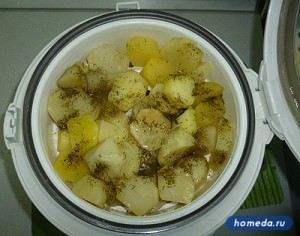 Картошка на пару в мультиварке